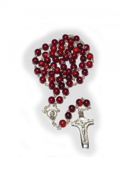 Srebrny różaniec z koralem - zdjęcie dewocjonaliów